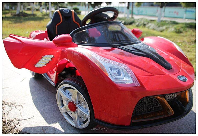 Фотографии Racer Ferrari JE198B красный