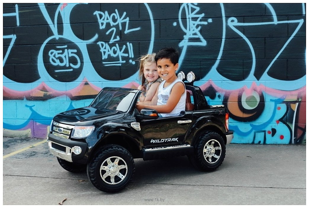Фотографии Electric Toys Ford Ranger Lux (черный)