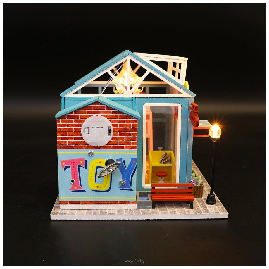 Фотографии Hobby Day DIY Mini House Магазин игрушек (M904)