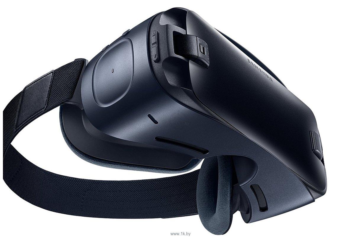 Фотографии Samsung Gear VR (SM-R323NBKASER)