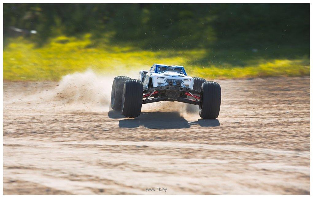 Фотографии Arrma Nero BLX 4WD 6S RTR