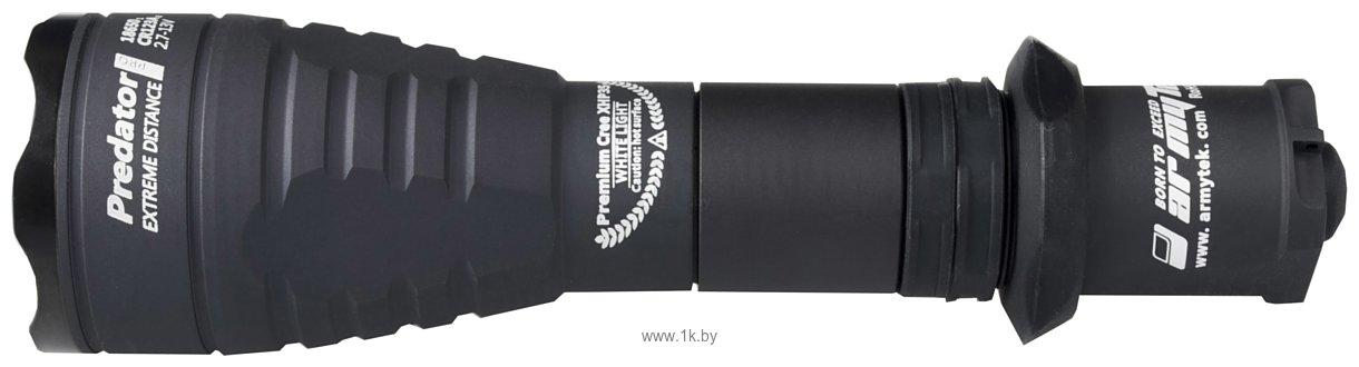 Фотографии Armytek Predator Pro v3 XHP35 HI