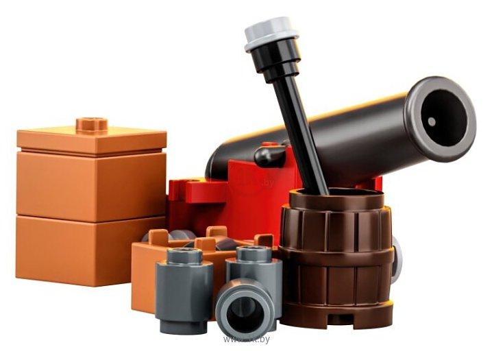 Фотографии LEGO Ideas 21322 Пираты Залива Барракуды