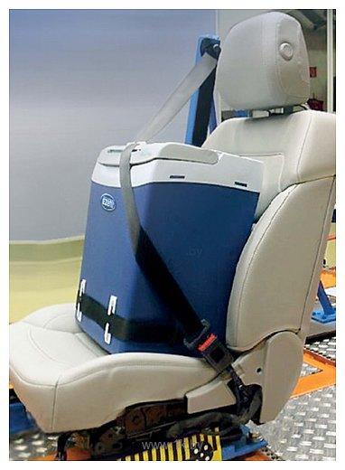 Фотографии Ezetil E32M Safe Seat Belt Fixation