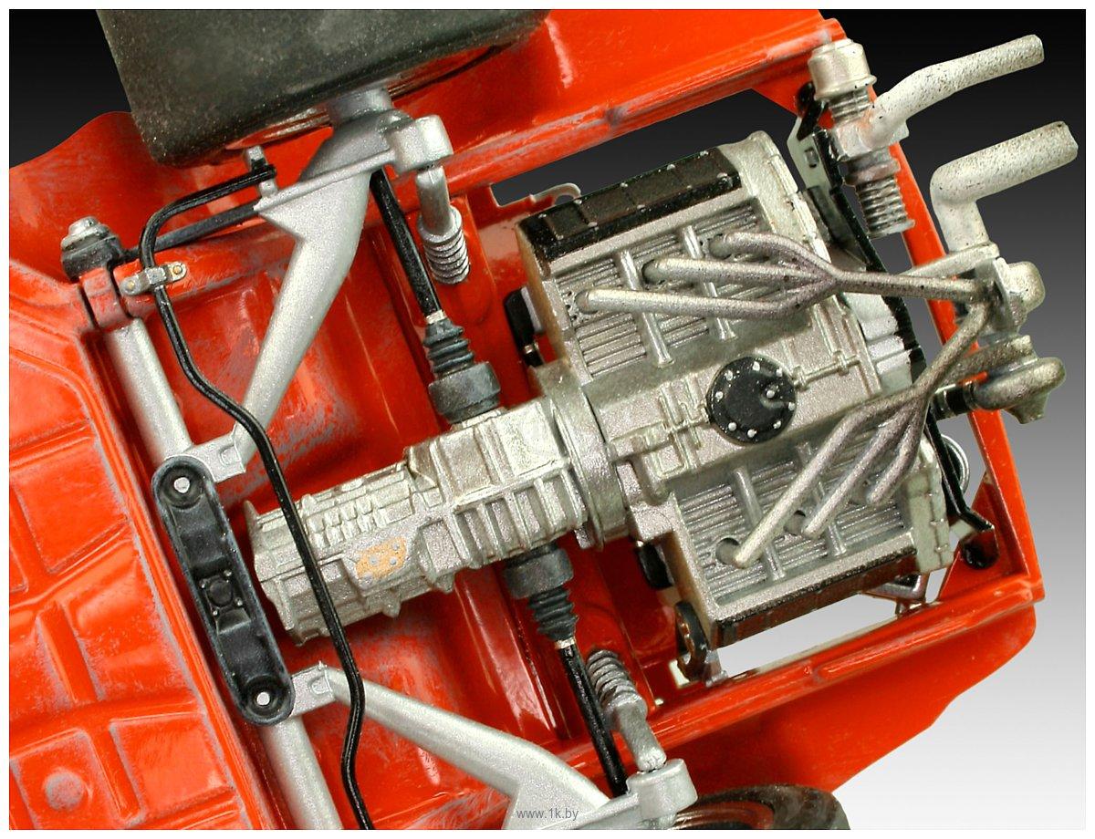 Фотографии Revell 07031 Автомобиль Porsche 934 RSR Jaegermeister