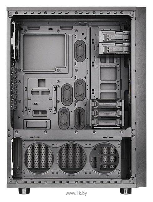 Фотографии Thermaltake Core X71 CA-1F8-00M1WN-00 Black