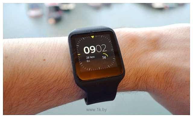 Фотографии Sony SmartWatch 3 SWR50