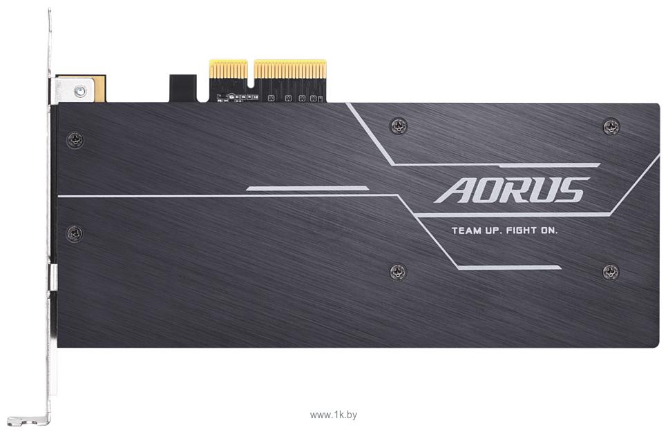 Фотографии GigaByte Aorus RGB AIC NVMe 512GB (GP-ASACNE2512GTTDR)