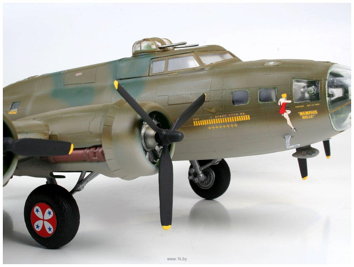 Фотографии Revell 04297 Американский бомбардировщик B-17F Memphis Belle