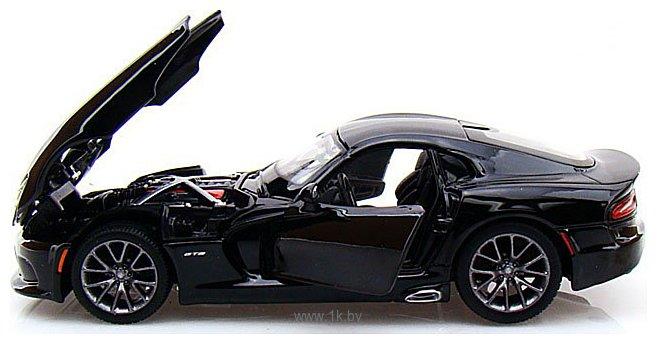 Фотографии Maisto Додж Вайпер SRT GTS 31271 (черный)