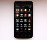 Highscreen Explosion: четырехъядерный Android-фон с ценником модели среднего класса