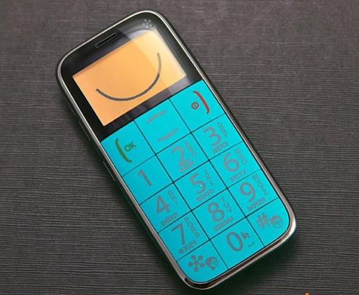 Just5 Space и Just5 BestInSpace: необычные телефоны в ярком исполнении
